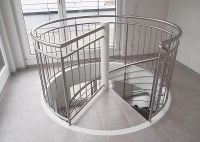 06 Treppengeländer Stahl