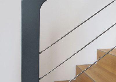 16 Treppengeländer Stahl